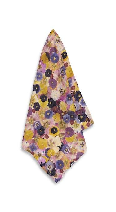 Le Marché Aux Fleurs Linen Napkin in Multicolors