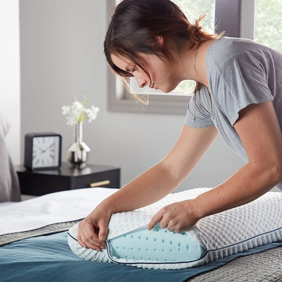 Weekender Ventilated Memory Foam Pillow
