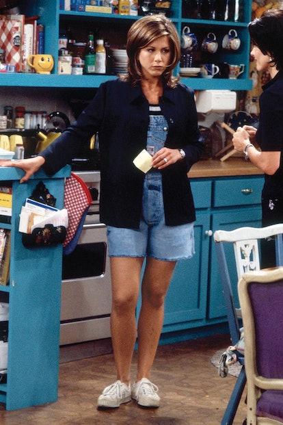Jennifer Anniston as Rachel Green on Season 1 of Friends