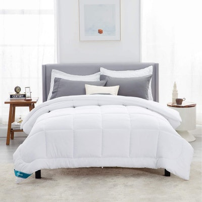 Bedsure Quilted Comforter
