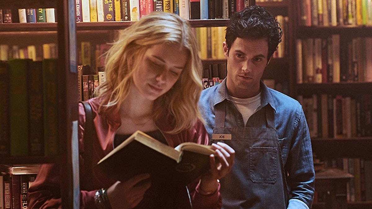Elizabeth Lail previously co-starred with Penn Badgley in 'You.'
