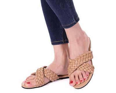 Mtzyoa Woven Leather Flip-Flops