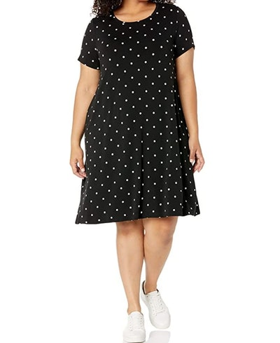 Amazon Essentials Plus Size Short-Sleeve Swing Dress