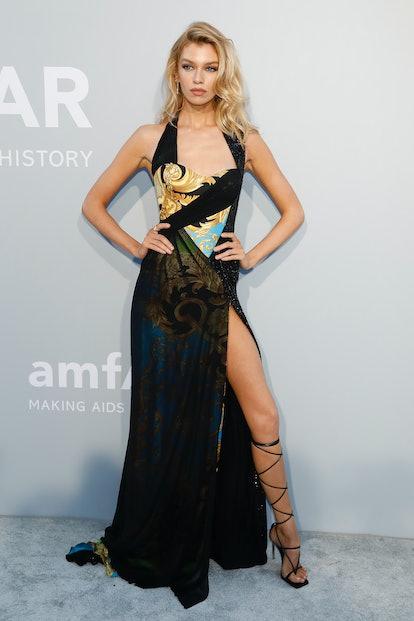 Stella Maxwell attends the amfAR Cannes Gala 2021 at Villa Eilenroc in Cap d'Antibes, France.