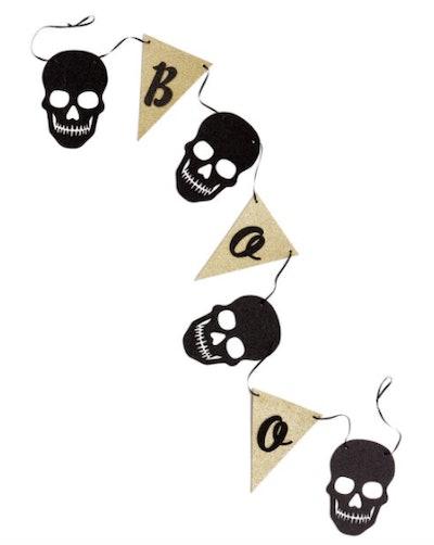 """Skull """"boo"""" banner"""