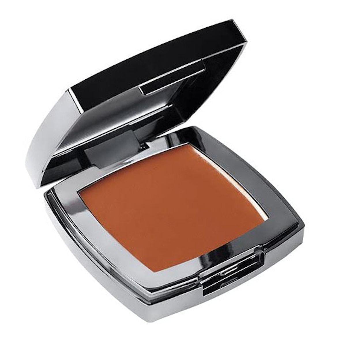 AJ Crimson Dual Skin Creme Foundation
