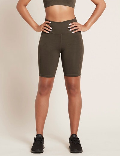 """Active High-Waisted 8"""" Short With Pockets"""