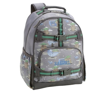 """Grey backpack with """"Star Wars"""" baby Yoda print"""
