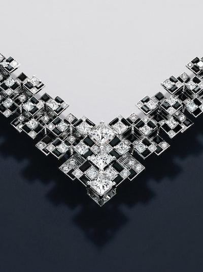 Meride Necklace