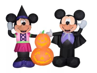 Airblown Mickey and Minnie w/Pumpkins Scene Disney