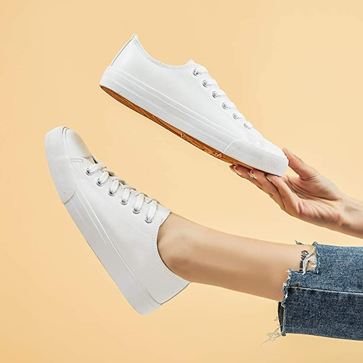 FRACORA Low Top Sneakers