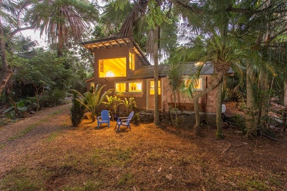 Jimi Hendrix stayed in a charming cottage located in Makawao, Maui, while filming Rainbow Bridge in ...
