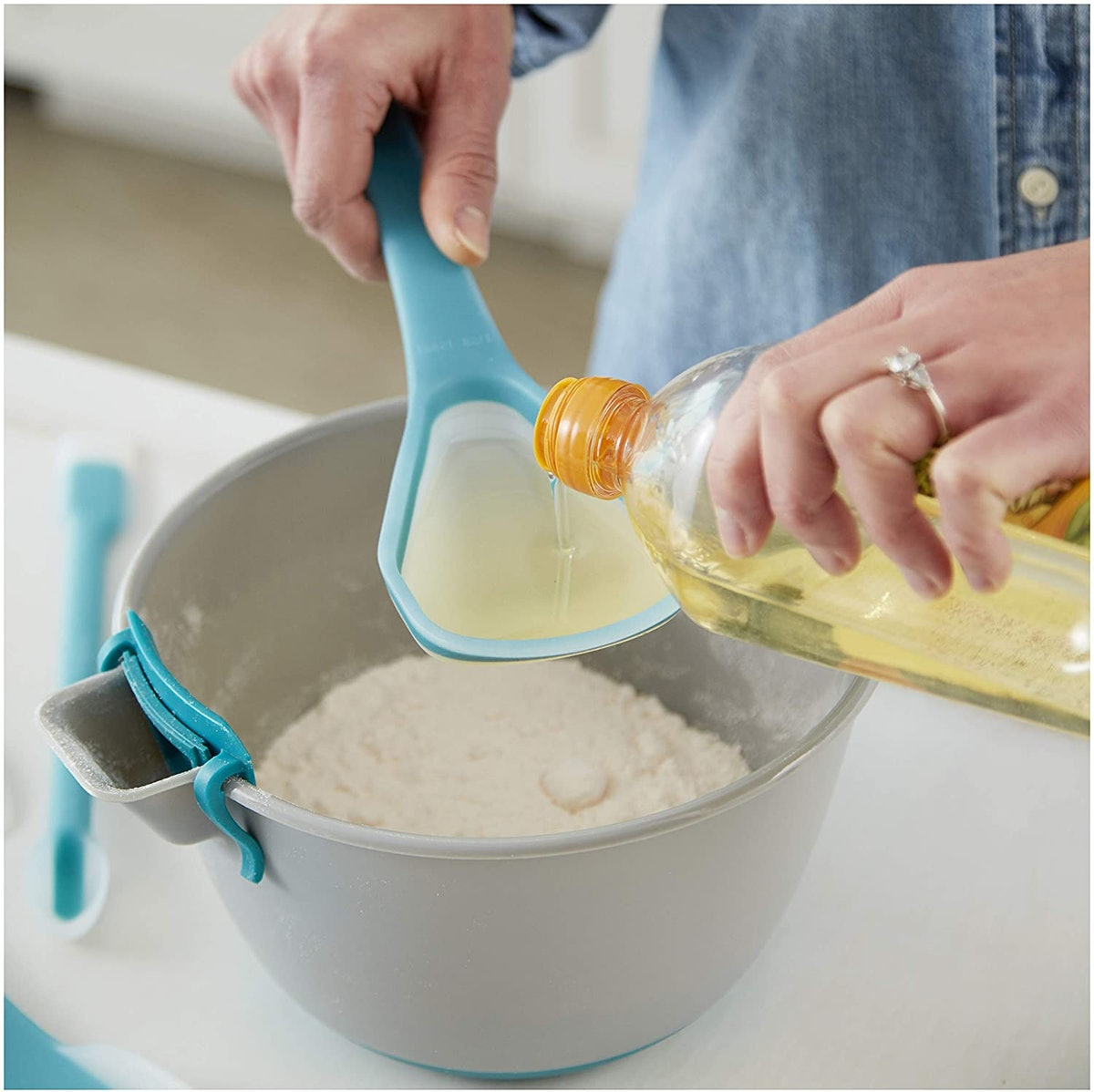 Wilton Mix And Measure Spoon