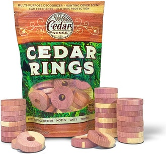CEDAR SENSE Cedar Blocks for Clothes Storage (30 Pack)
