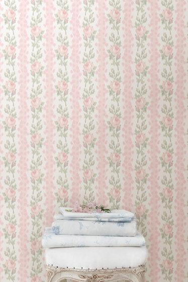 Blooming Heirloom Wallpaper