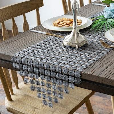 Valea Home Glitter Table Runner