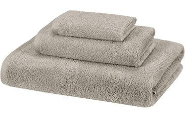 AmazonBasics Quick-Dry 3-Piece Towel Set