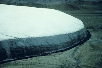 picture of Tibetan ice cap
