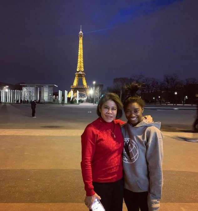 Simone and her mother Nellie in Paris.