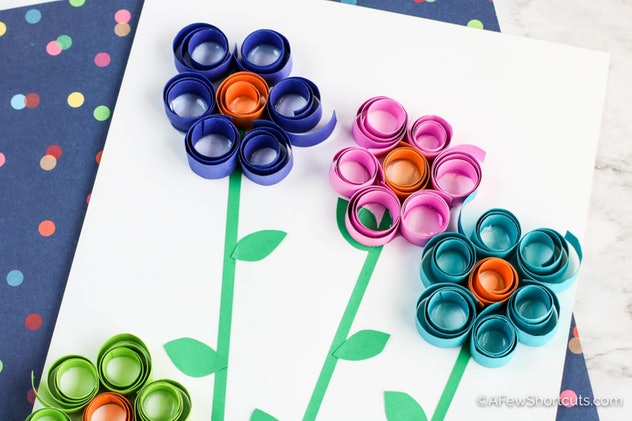 Curled paper flowers are a fun construction paper craft to make.
