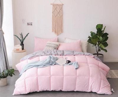 Kasentex All Season Down Alternative Reversible Comforter