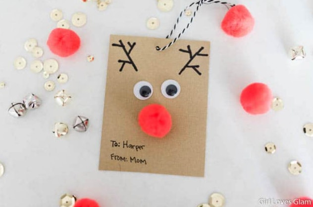 Holiday gift tags are an easy construction paper craft to make with kids.