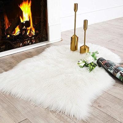 Carvapet Luxury Faux Sheepskin Rug or Chair Throw