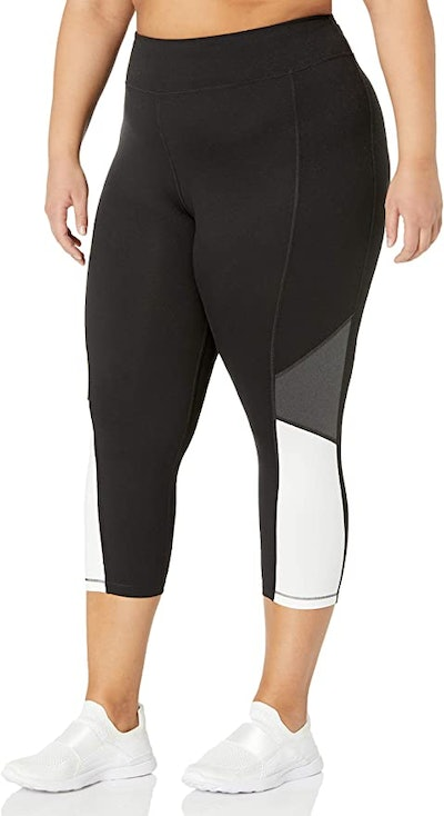 JUST MY SIZE Active Pieced Stretch Capri