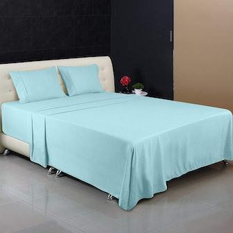 Utopia Bedding Microfiber Bed Sheet Set (4 Pieces)