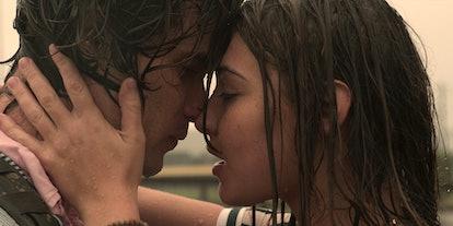 John B and Sarah Cameron in 'Outer Banks' Season 1
