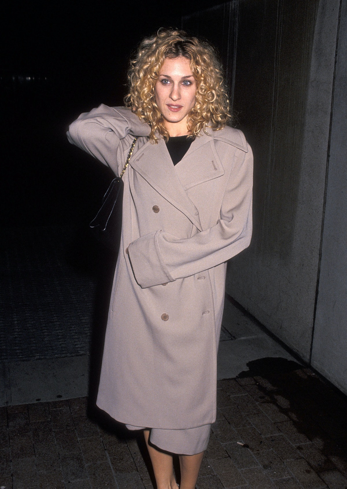 Sarah Jessica Parker with curly hair in 1994