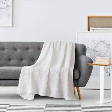 Bedsure 100% Cotton Blanket Waffle Weave Blanket