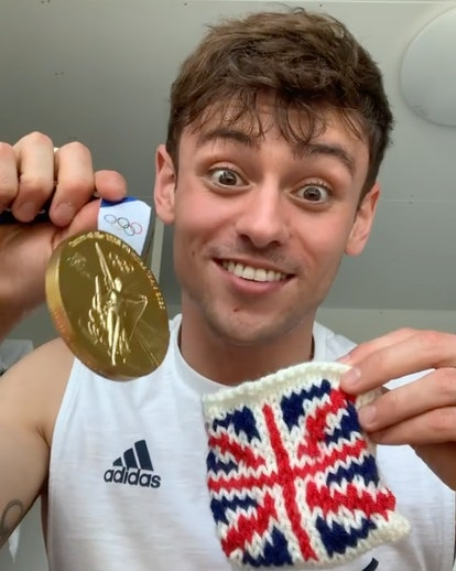 Tom Daley's crochet Olympic gold cosy