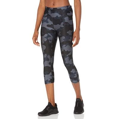 Amazon Essentials Performance Mid-Rise Capri Legging