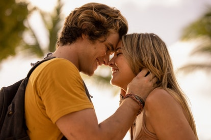Chase Stokes and Madelyn Cline in 'Outer Banks.'