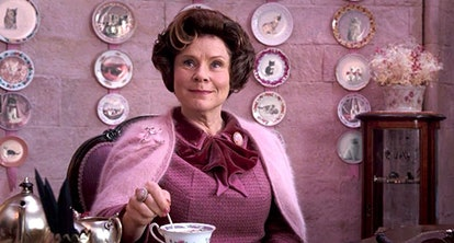 These 'Harry Potter' tweets about Imelda Staunton's 'The Crown' photo are all saying the same thing.