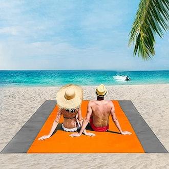 ISOPHO Oversized Lightweight Beach Blanket,