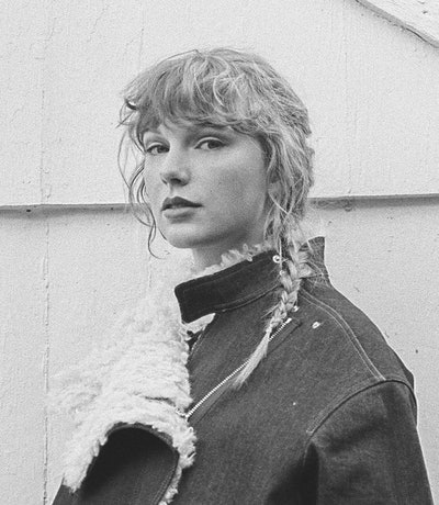 """A photo of Taylor Swift, who features on Big Red Machine's new song """"Renegade."""""""
