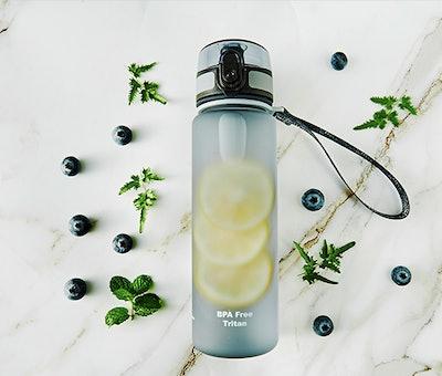 ROCKURWOK Sports Water Bottle With Fruit Strainer (17 Oz.)