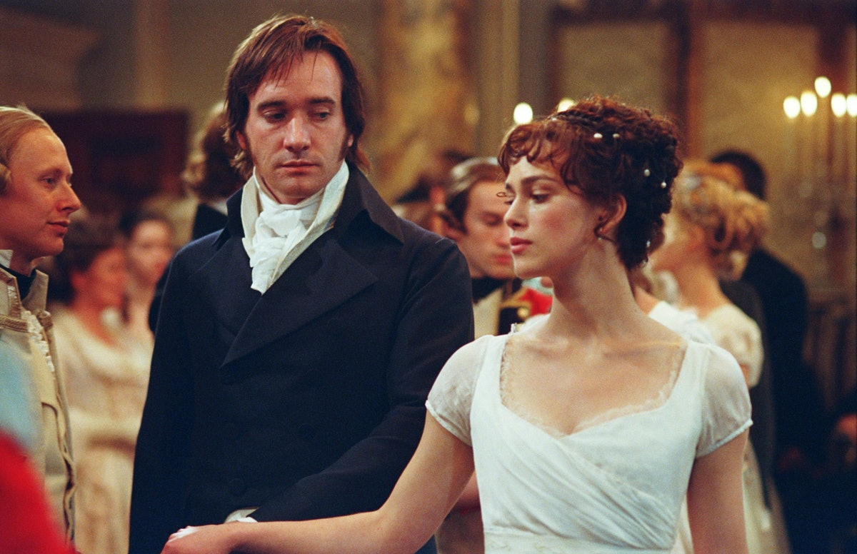 Keira Knightley and Matthew Macfadyen staring longingly at each other in Pride & Prejudice.