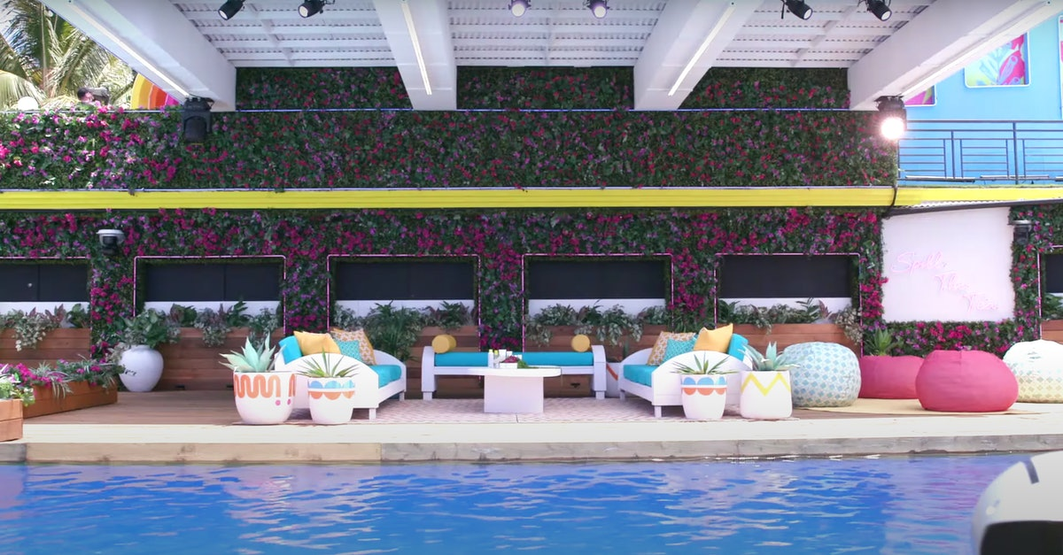 The pool at the 'Love Island' Season 3 villa, which is located in Hawaii.