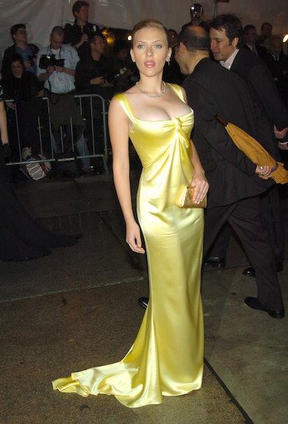 Scarlett Johansson in yellow gown.