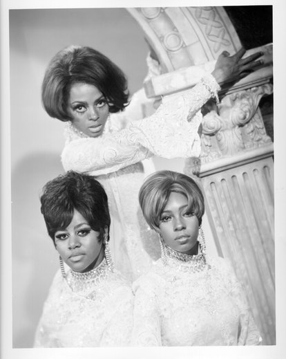 Curtain-style fringe became popular in the '60s.