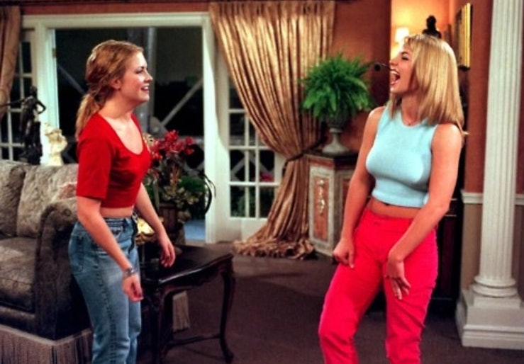 Britney Spears performs during her cameo on Sabrina The Teenage Witch.