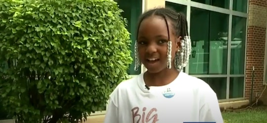 A 9-year-old girl delivered her baby sister.