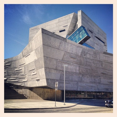 perot museum dallas how to get there