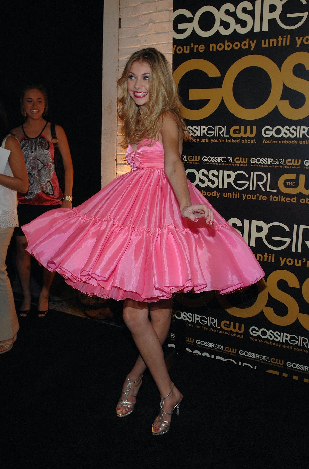 Taylor Momson in pink dress.