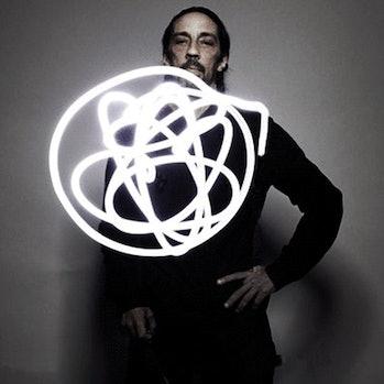 Futura Atom Logo