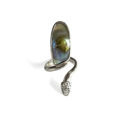 Abalonail Ring