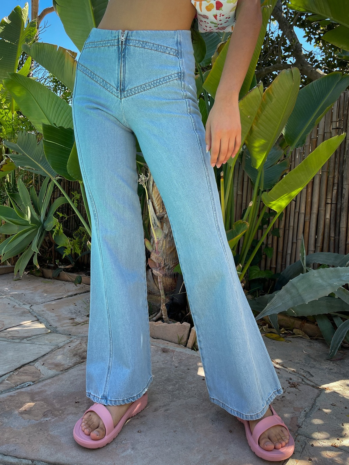 Marinella trousers in light blue from Gimaguas.